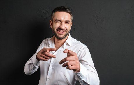 איך למכור שירות שכולנו אוהבים לשנוא?